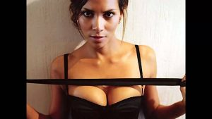 Halle Berry cleavage workout photo