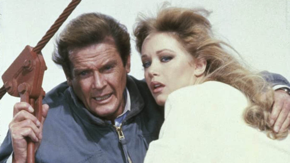tanya-roberts-roger-moore-a-view-to-a-kill-1985